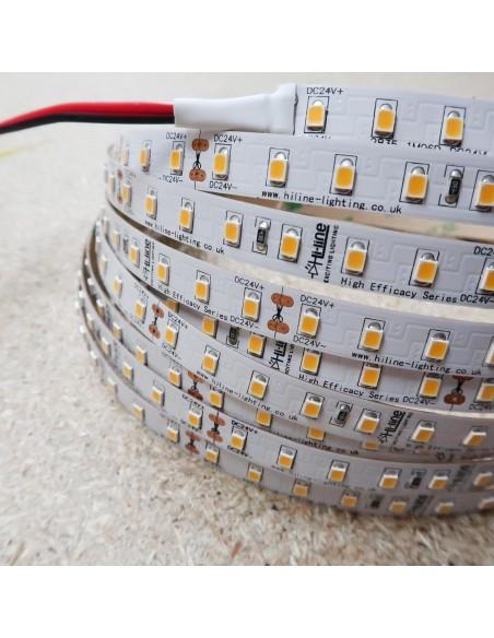 Höhe Effizienz LED-streifen 3000K warmweißer 24V 14.4W/m IP00 CRI80 SMD2835