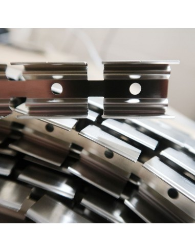 Top bend 15x15mm flexible Channel (5m roll)